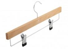 Skirt/trousers hanger with steel bar with clips